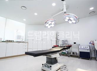 Hospital image ff44778faebb57064d