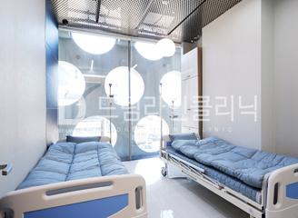 Hospital image a89a935fd9aad9c89f