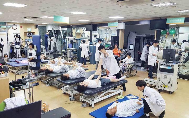 Hospital image 7c7c9bdf55d3f04063